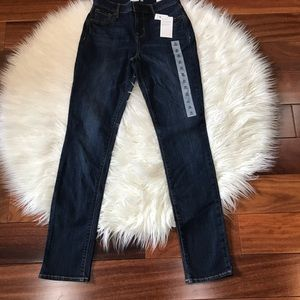Old Navy Curvy Straight Jeans Size 00